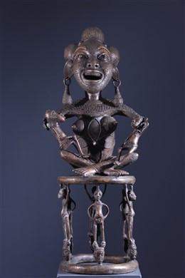 Tikar Maternity in bronze