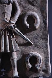 bronze africainBenin Bronze Portuguese Colon Plate