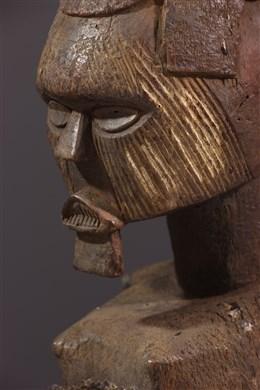 Ancestor Téké-Yansi Butti s statue