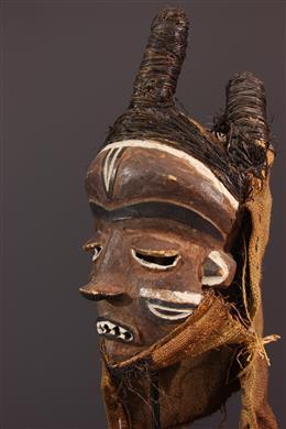 Mask Mbuya Pende Fumu