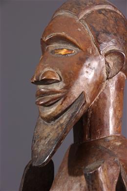 Statue of ancestor Beembé Kitebi