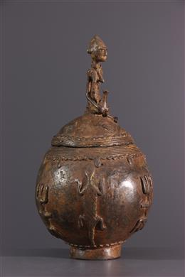 African art - Dogon ointment box in bronze