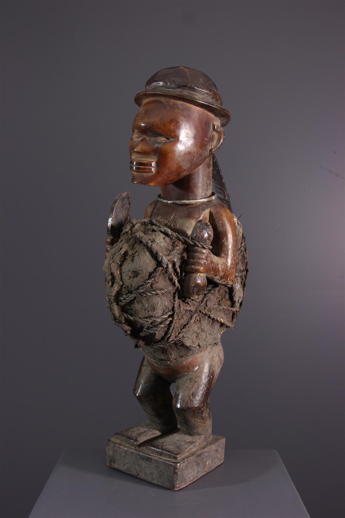 Bembé statue - African art