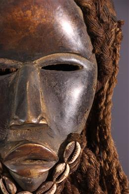 Masque Dan Déanglé