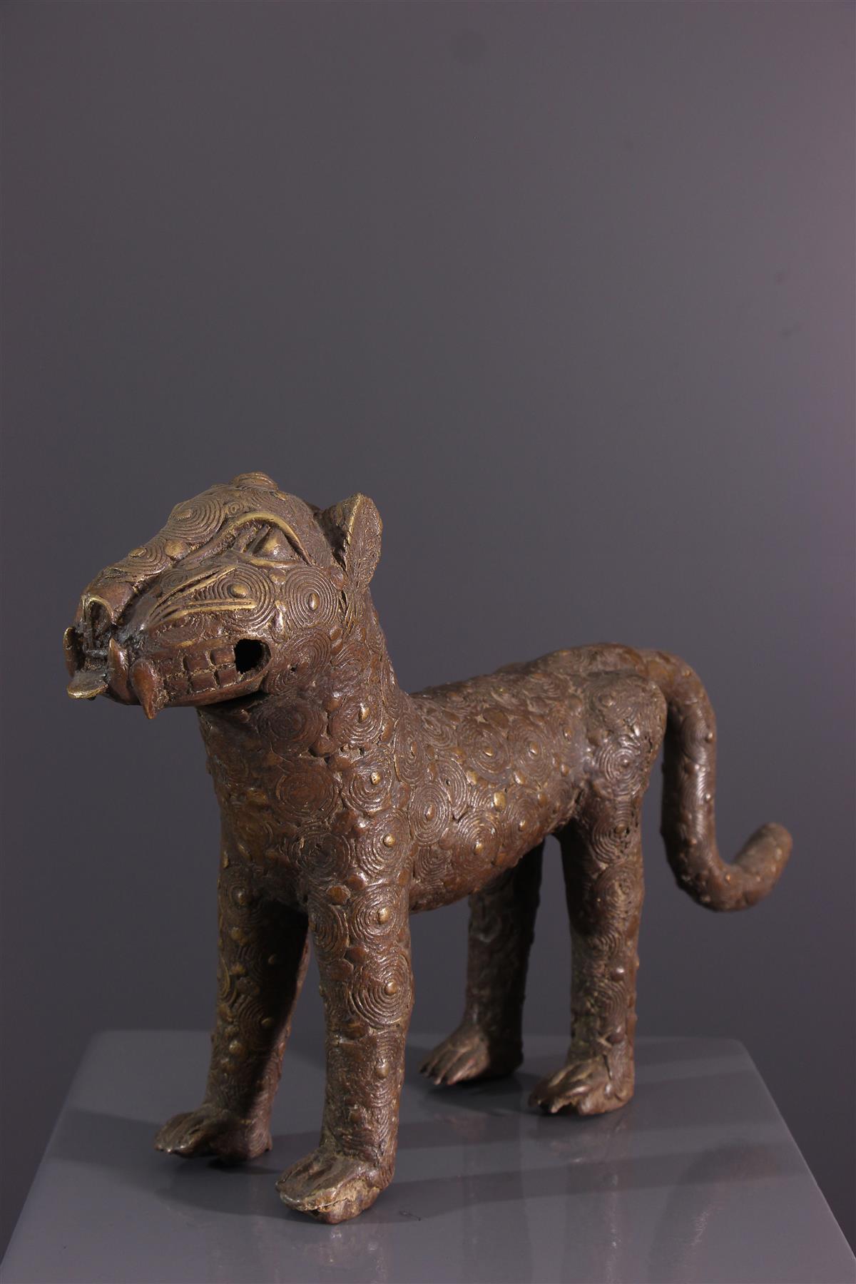 Bronze Leopard - African art