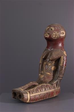 Kuyu totemic figure in terracotta