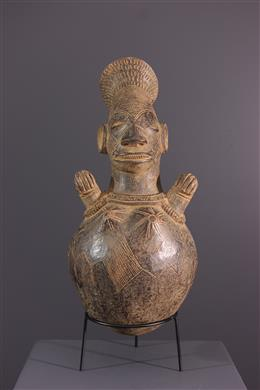Mangbetu terracotta vase
