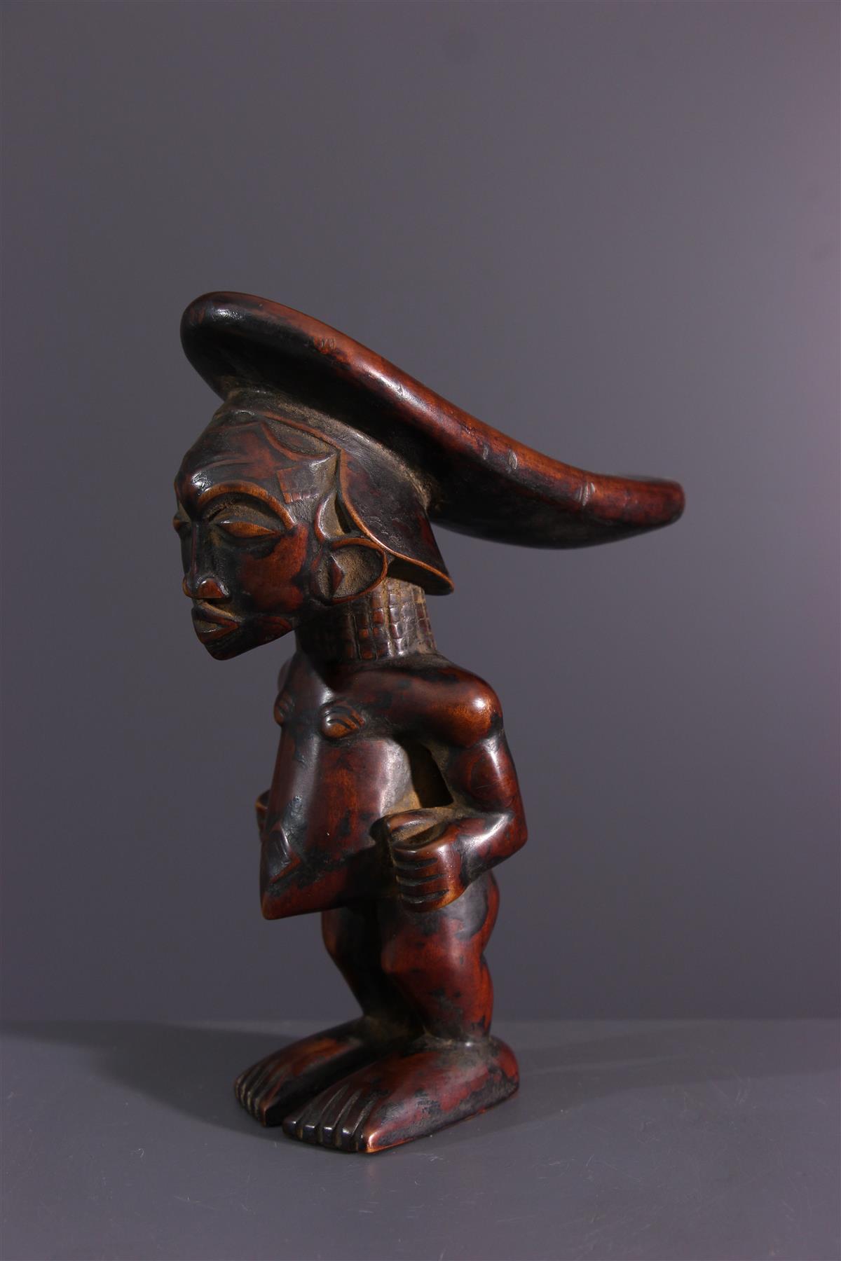 Luluwa headrest - African art