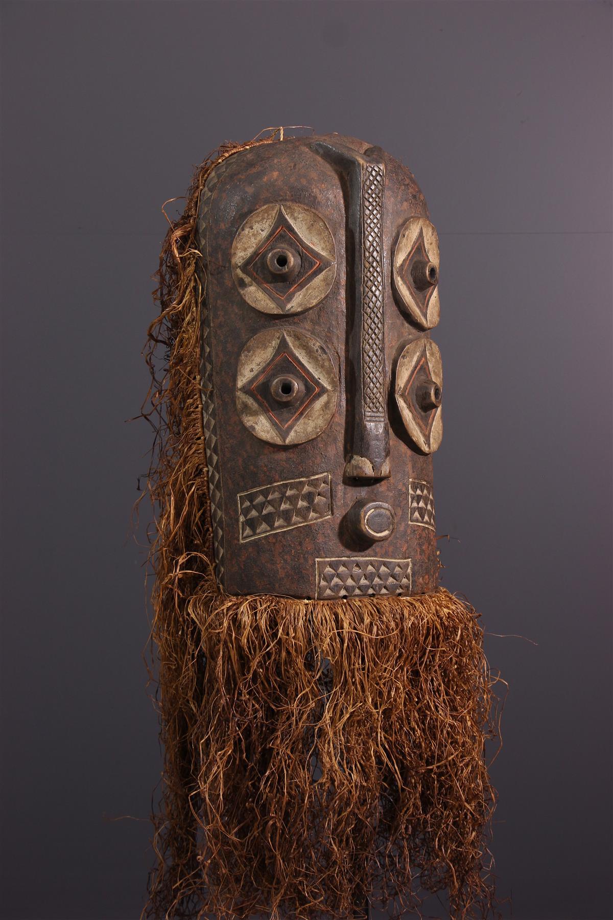 Bembe mask - African art