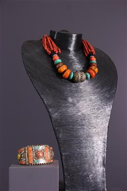 African art - Amazighe necklace and bracelet
