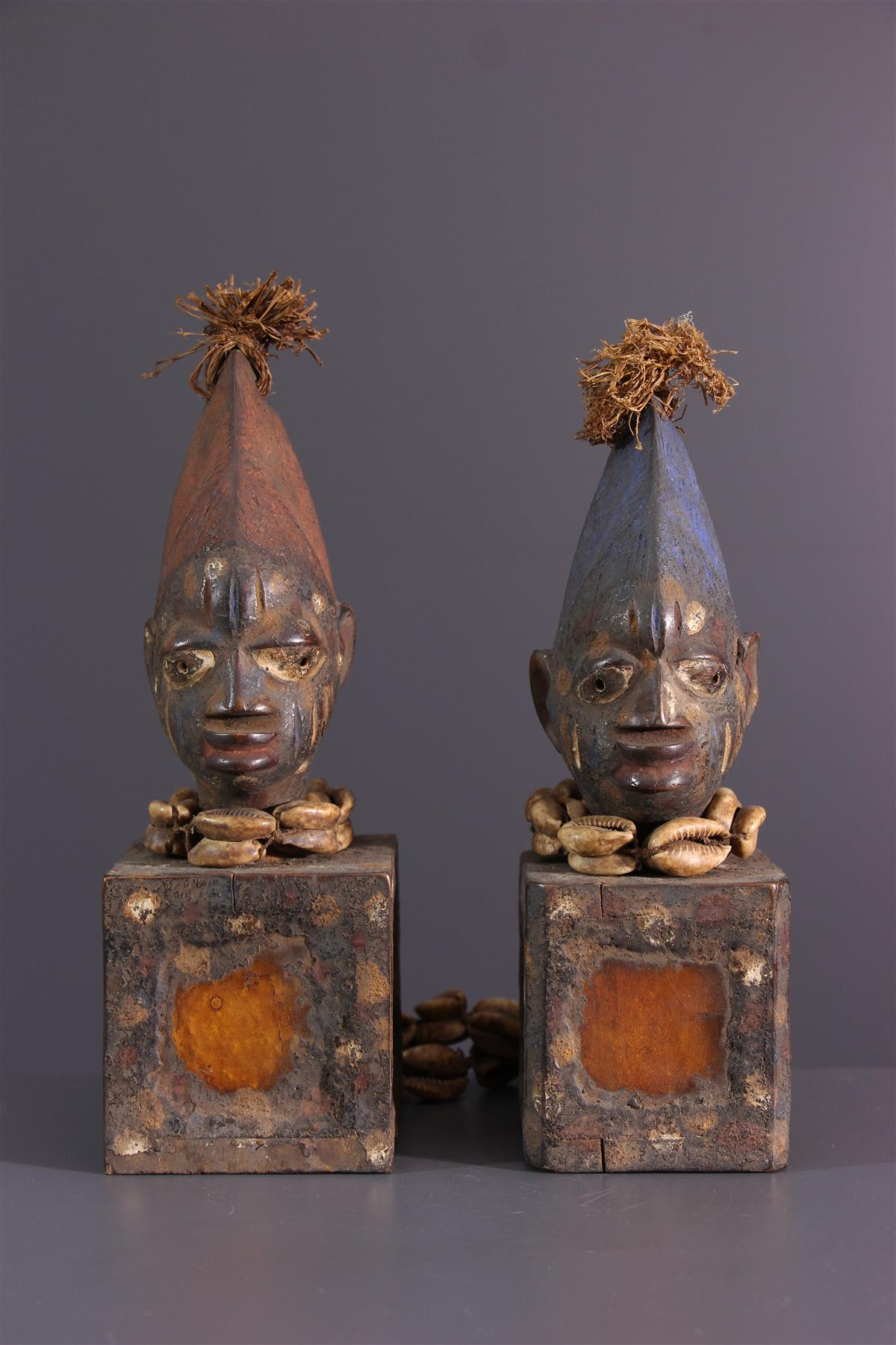 Yoruba figures - African art