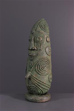 African art - Mambila bronze bust