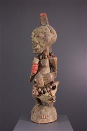FétichesSongye statue