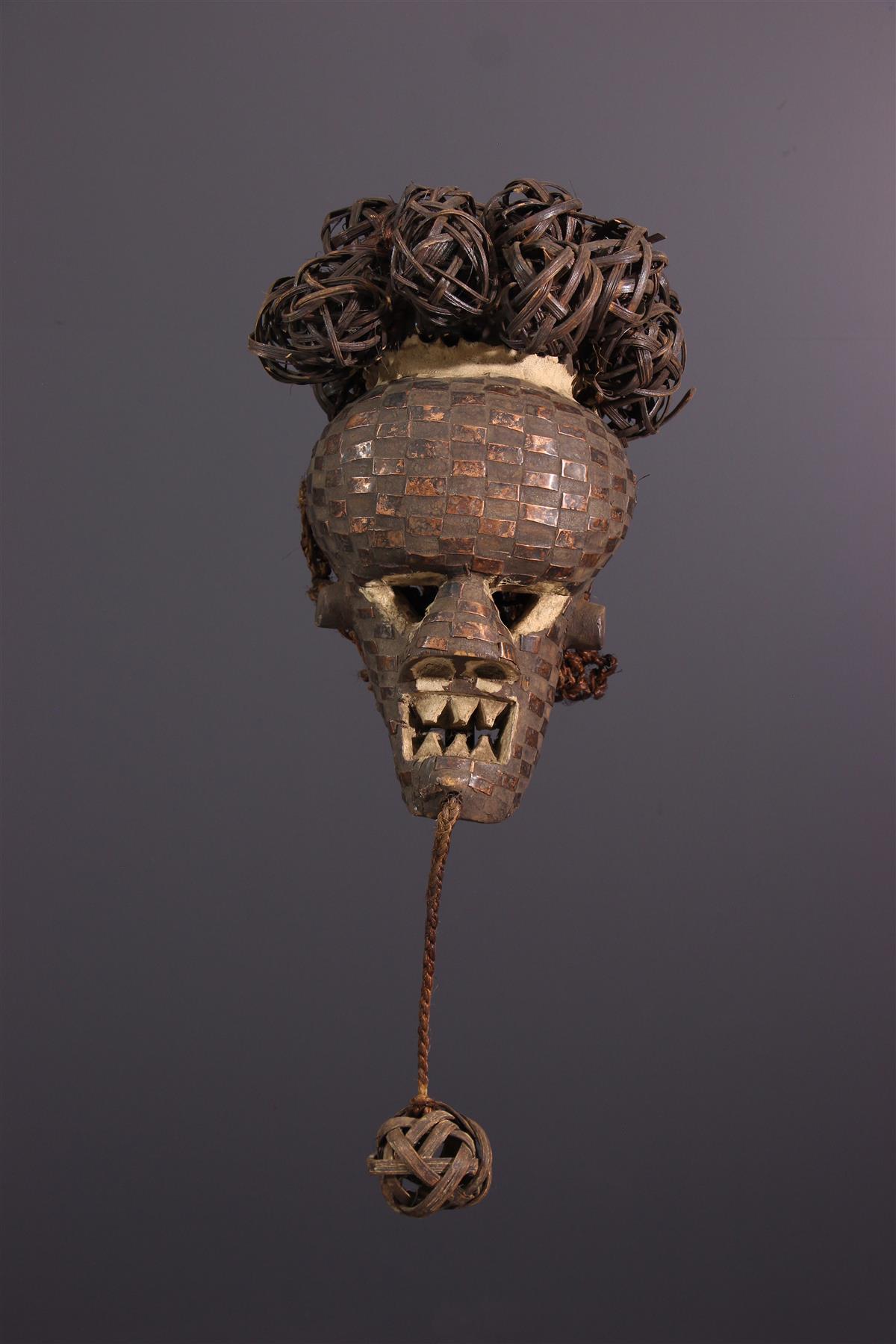 Salampasu mask - African art
