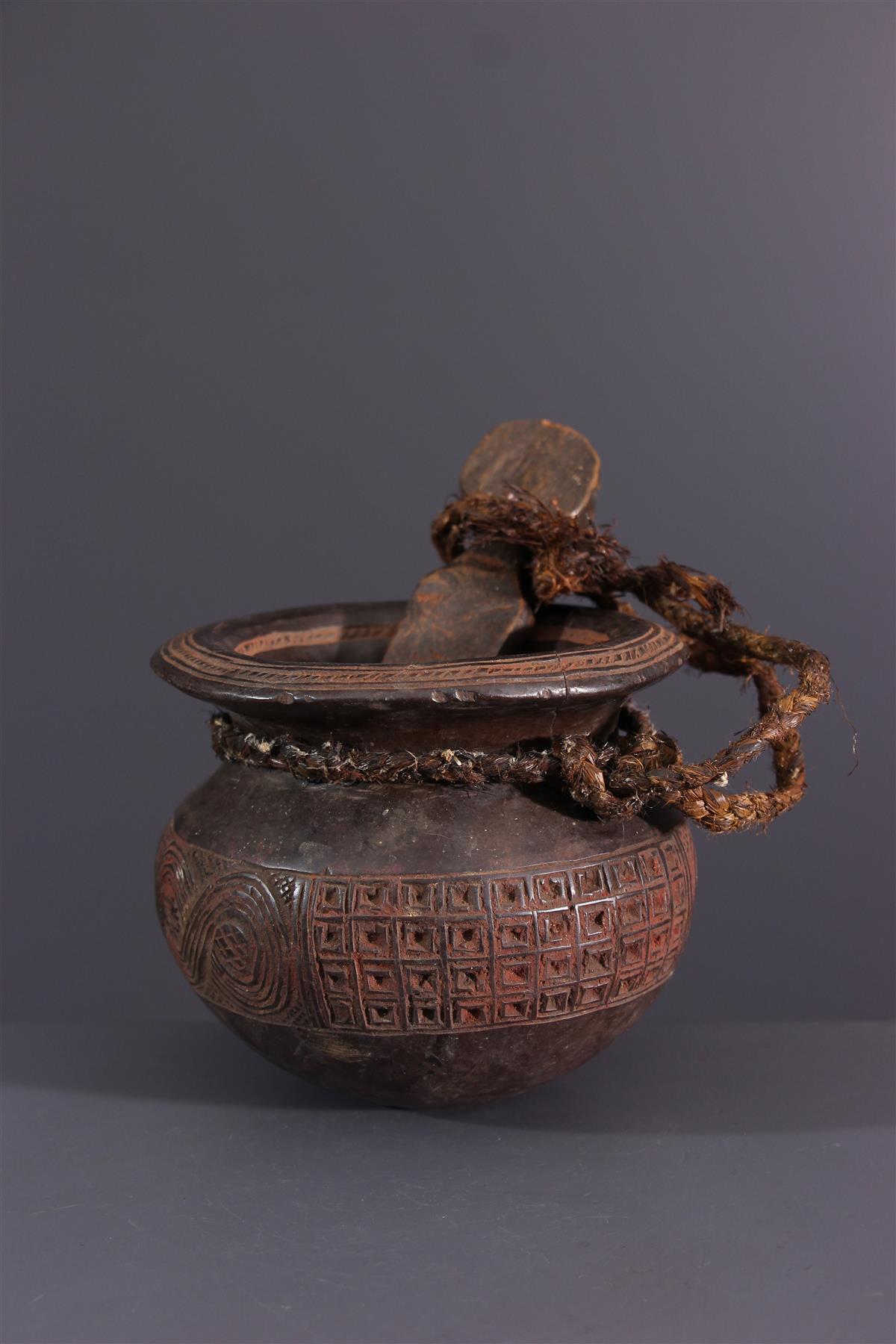 Tschokwe pot - African art