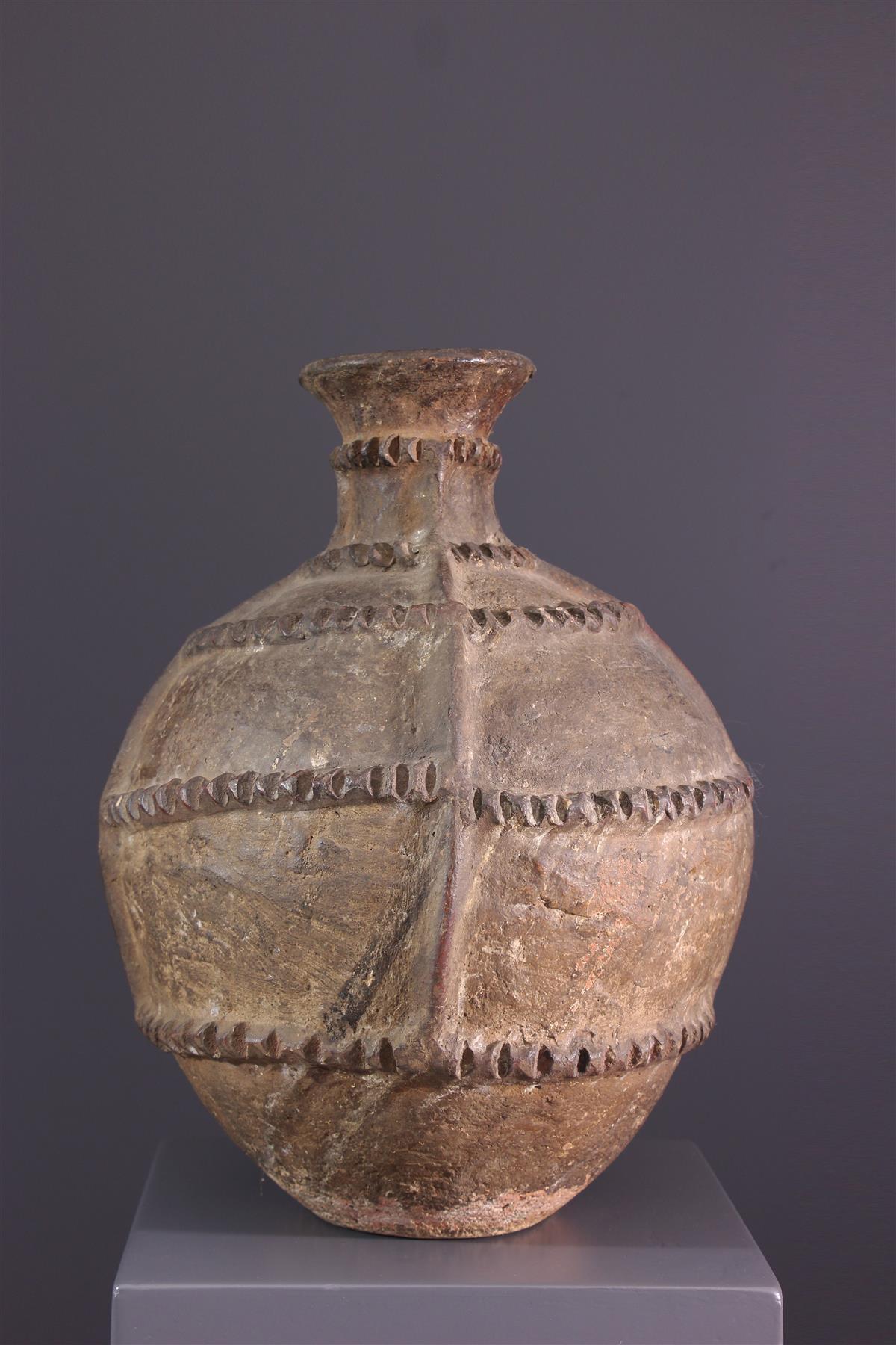 Lobi pottery - African art