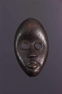 Dan Gunyeya amulet mask