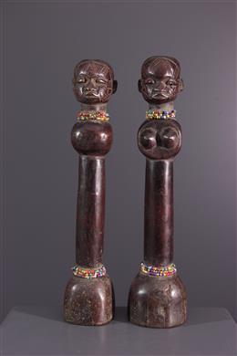 Couple of Makonde dolls