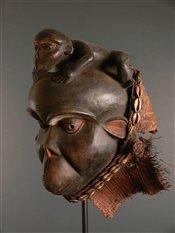 Bulu ceremonial mask