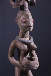 Statues africainesCarrier of cup Yoruba