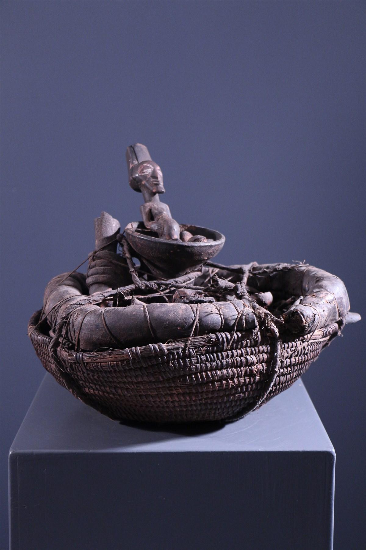 Songye reliquary basket - African art